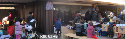AG-F+M Spendenausgabe an 8 Flüchtlingsunterkünfte  aus Treptow-Köpenick
