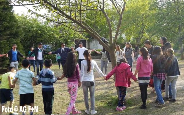 AG F+M Jugendtanzgruppe in der Flüchtlingsunterkunft Rudower Strasse